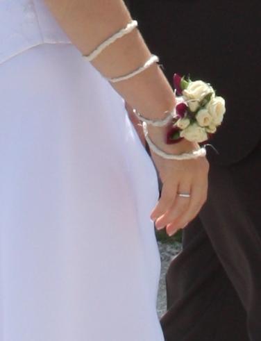 Blumenarmband Auch Fur Braut
