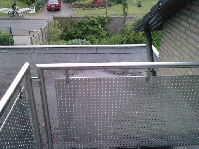 Wie bekomme ich DIESEN balkon katzensicher? - Katzen Forum