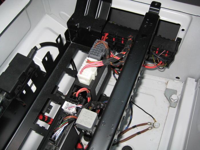 zusatzbatterie im fahrgastraum verwenden seite 2 das. Black Bedroom Furniture Sets. Home Design Ideas
